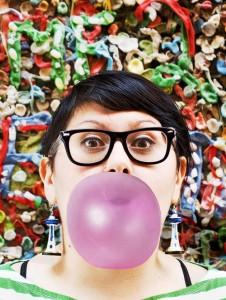 Elicia Headshot gum